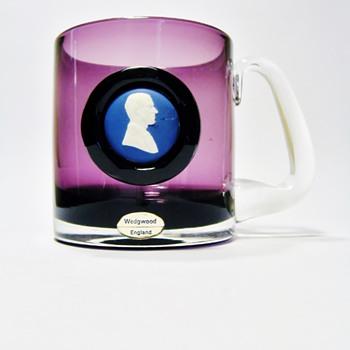 WEDGWOOD - ENGLAND - Art Glass