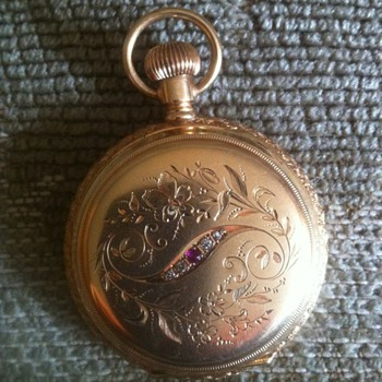 i have no idea anything about this watch is it worth selling vs scrapping for gold value - Pocket Watches