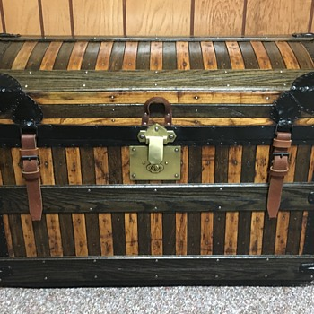 Early to late 1870's WATKINS, WOLFF & CO'S oak slat trunk. - Furniture