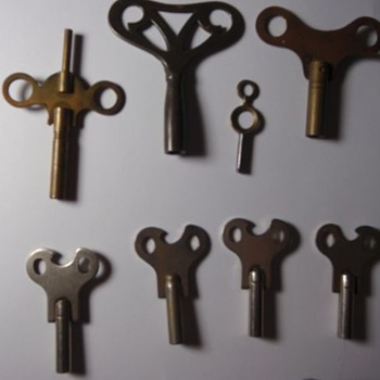 Antique Barrel Clock Keys - What make or model? - Clocks