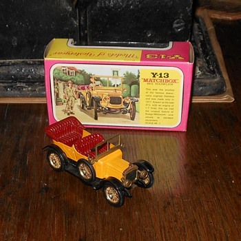 Mat5chbox Model of Yesteryear Y-13 1911 Daimler Type A12 - Model Cars