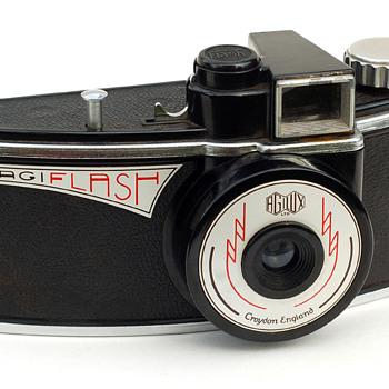 Agilux Agiflash - Cameras