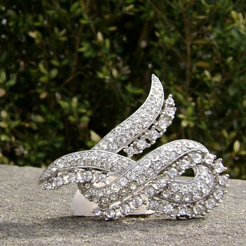 "Trifari Brooch - Twisted Ribbon  - "" The Cool Jewel "" - Costume Jewelry"