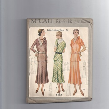 5194 McCall PRINTED PATTERN