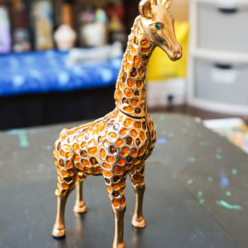Giraffe Trinket Box - Costume Jewelry
