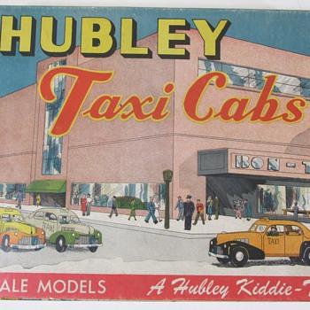 Hubley Taxi Set - Model Cars