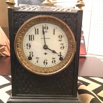 My fathers' Seth Thomas clock he left me - Clocks