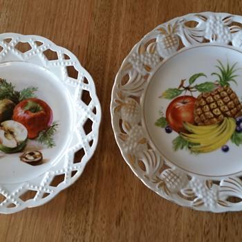 Large plates - China and Dinnerware