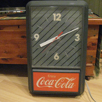 COCA COLA LIGHTED CLOCK 1980's - Coca-Cola
