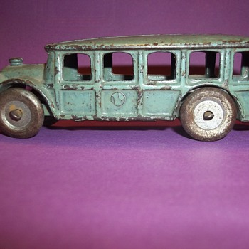 VINTAGE HUBLEY  TOY BUS - Toys