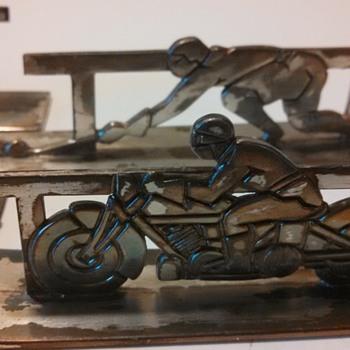 Sportsman French Art Deco Knife Rests--Part 1 - Art Deco