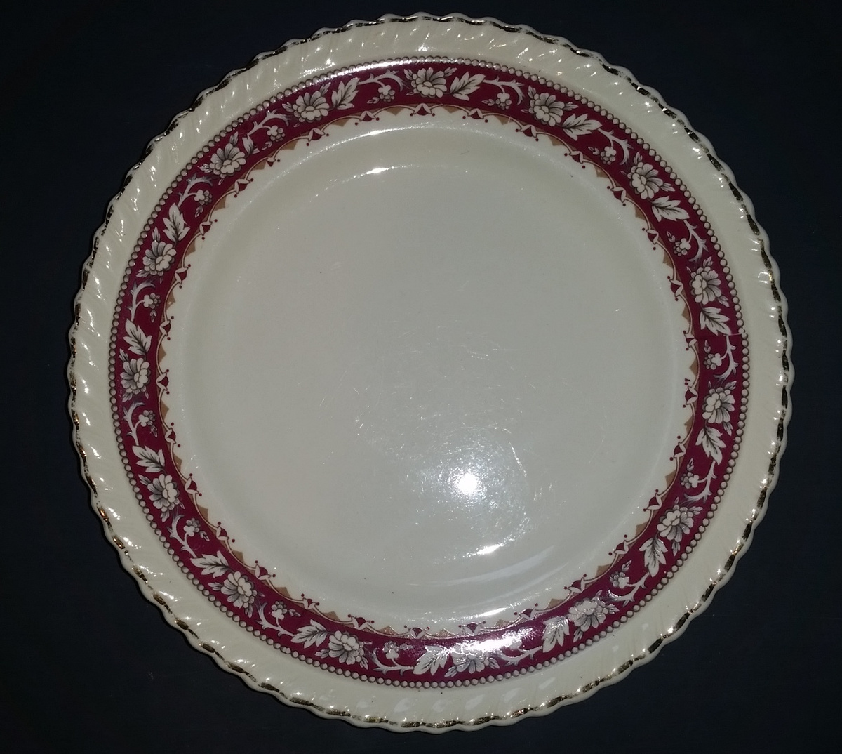 Uknown   Old English  Pattern Johnson Bros. has a backwards D | Collectors Weekly & Uknown