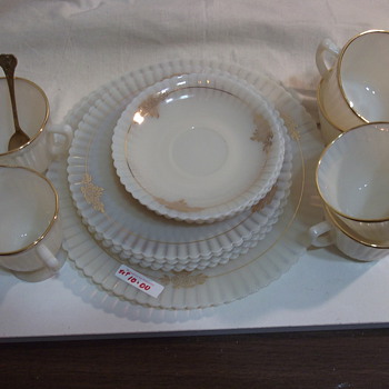 Tea set. Opaque type of glass ??????? - China and Dinnerware