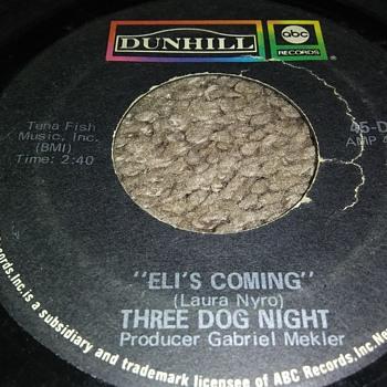THREE DOG NIGHT...ON 45 RPM VINYL - Records