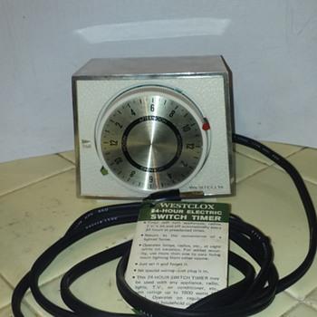 WESTCLOX tabletop electric light/appliance timer  - Clocks