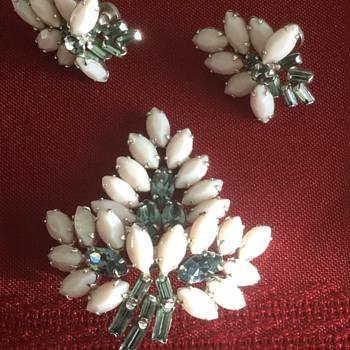 Sherman Brooch & Earring Set, Pink Milk Glass Plus  - Costume Jewelry