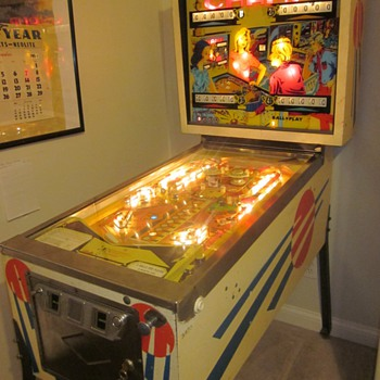 "1971 Bally ""Champ"" Pinball Machine - Coin Operated"