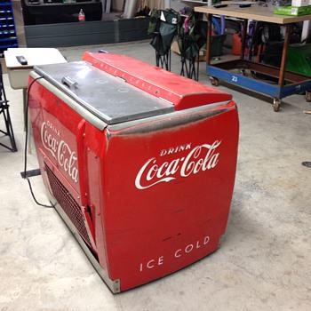 Restoring this coke cooler