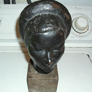 very old bronze statue, no marking on it looking for any info on it - Asian