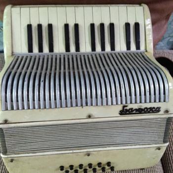 La Tosca accordion - Musical Instruments