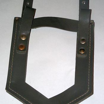 Shovel holder? - Military and Wartime