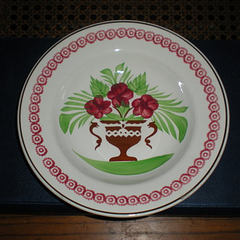 Opaque de sarreguemines faience plate from 1875 to 1900. - Pottery