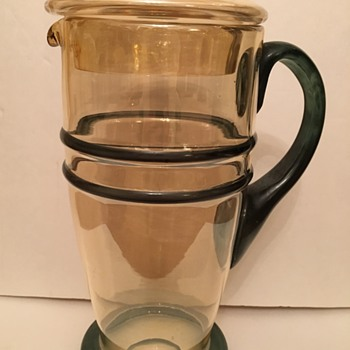Depression Glass Lemonade Pitcher WHO MADE IT? - Glassware