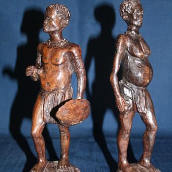 Two wooden tribal figures - Folk Art