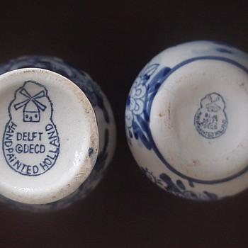 Miniature Delft Deco vases - Pottery