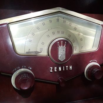 curb found ZENITH COBRA-MATIC radio/phono (#2, more pics) - Electronics