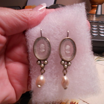 My beautiful antiue glass cameo earrings - Fine Jewelry