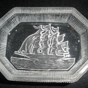 Japanese trinket dish - Glassware