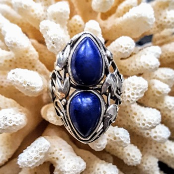 Arts and crafts silver, lapis ring. - Fine Jewelry