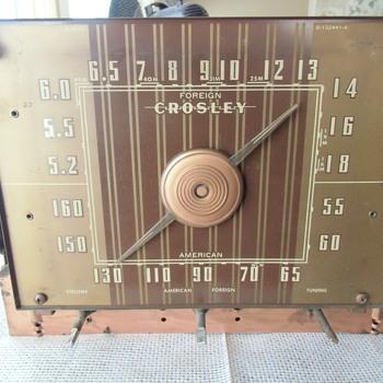 1942 Crosley Tube Radio Project - What's inside.... - Radios