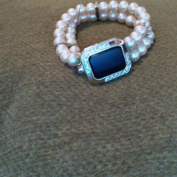 My fav Pink Pearl bracelet - Costume Jewelry