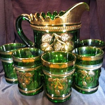 I have always been a fan of Harry's and just look at what I have found! - Glassware