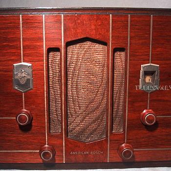 AMERICAN BOSCH 420 Tube Radio 1934 - Radios