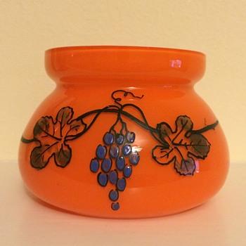 Simple tango vase with interesting enamel grapevine