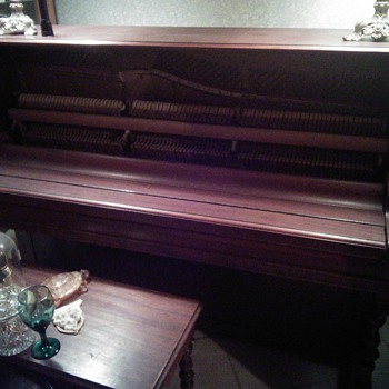 need helping on dating my piano