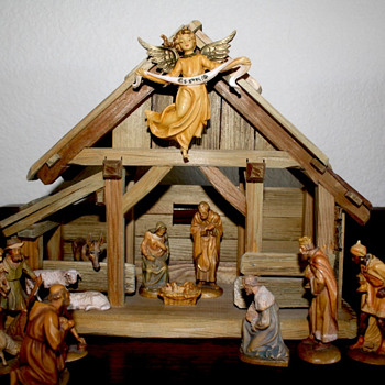 1950's Hand Carved Nativity from Italy - Christmas