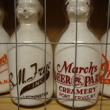 B.M. FRYE DAIRY (LEOMINSTER MASSACHUSETTS) & MARCH'S DEER PARK CREAMERY (PORT JERVIS NEW YORK) BABY TOP MILK BOTTLES - Bottles