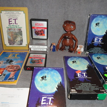 E.T. the Extra-Terrestrial Items