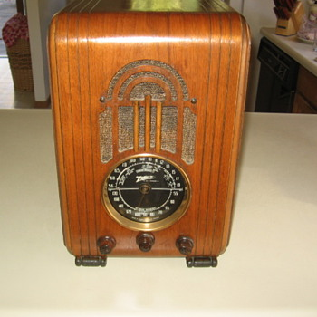 Zenith Tube Radio Model 5-S-228 Tombstone from 1937