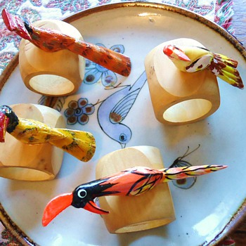 SILLY WOOD BIRDS Napkin Rings! and Palomar Mexico Ceramics! - Pottery