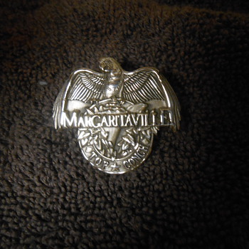 Sterling Silver Margaritaville Top Conch Parrot pin  - Medals Pins and Badges