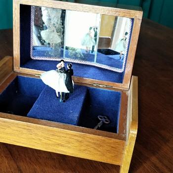My Mama's music box - Music Memorabilia