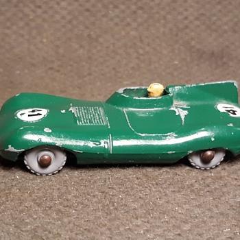 Laborious Laboring Labor Day Matchbox Monday MB 41 Jaguar D Type Racing Sports Car 1960-1964 - Model Cars