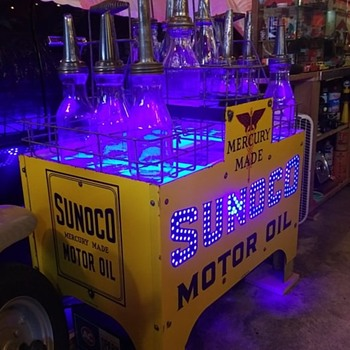 Sunoco oil bottle Island rack - Petroliana