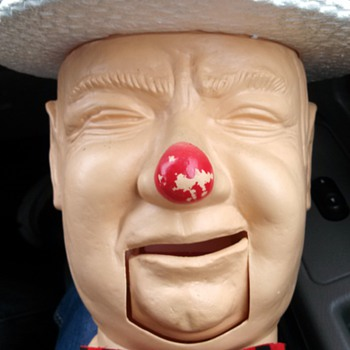 I bring you.....the head of W.C. Fields!