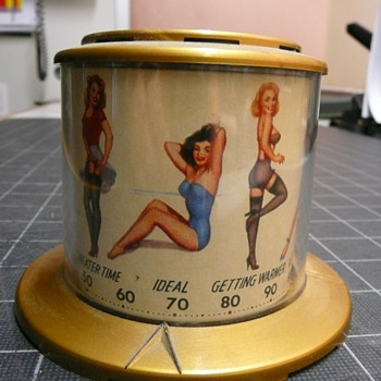 Thompson Pin Up Thermometer 1940's Super 8Rare Beauties - Advertising